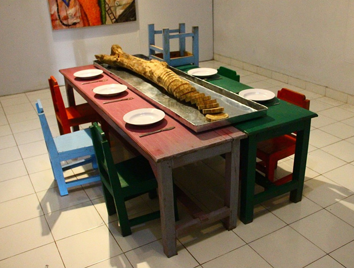 Banyak-Banyak Makan Jangan Ada Sisa, Makan Jangan Bersuara..  Banyak-Banyak Makan Jangan Ada Sisa, Ayo Makan Bersama, Variable Dimension, 2013, Installation, Wood, Zinc, Melamine Plate, Stainless Steel